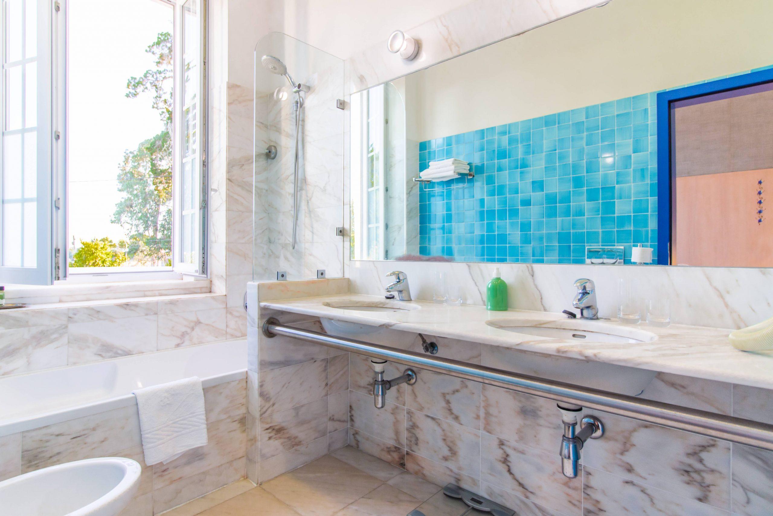 Hotel Lousal quarto twin wc